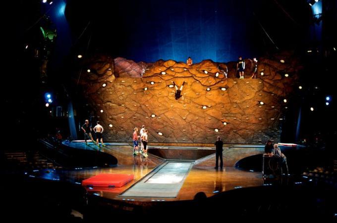 Cirque Du Soleil - Ovo at Times Union Center